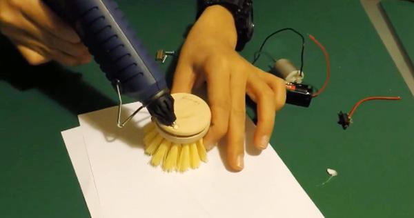 Fabriquer un robot brosse