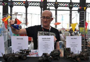 Patrice Dubois et ses maquette science fiction au Maker Faire Nantes