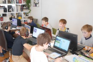 Coding gouter : initiation avec le coffret « J'apprends à coder avec Scratch »