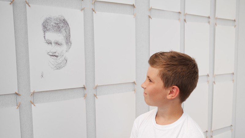 Kemper et son portrait - Patrick Tresset